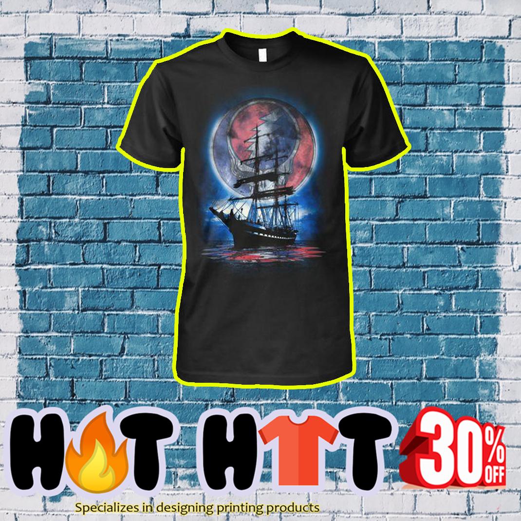Lity Sunshine Boat Reflection shirt