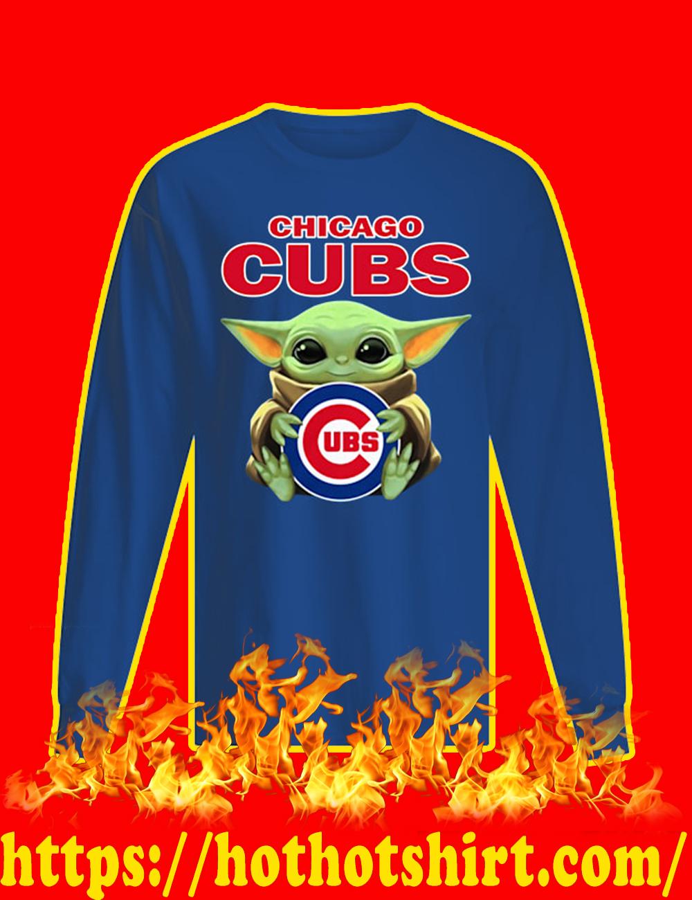Baby Yoda Hug Chicago Cubs Long Sleeved T-shirt