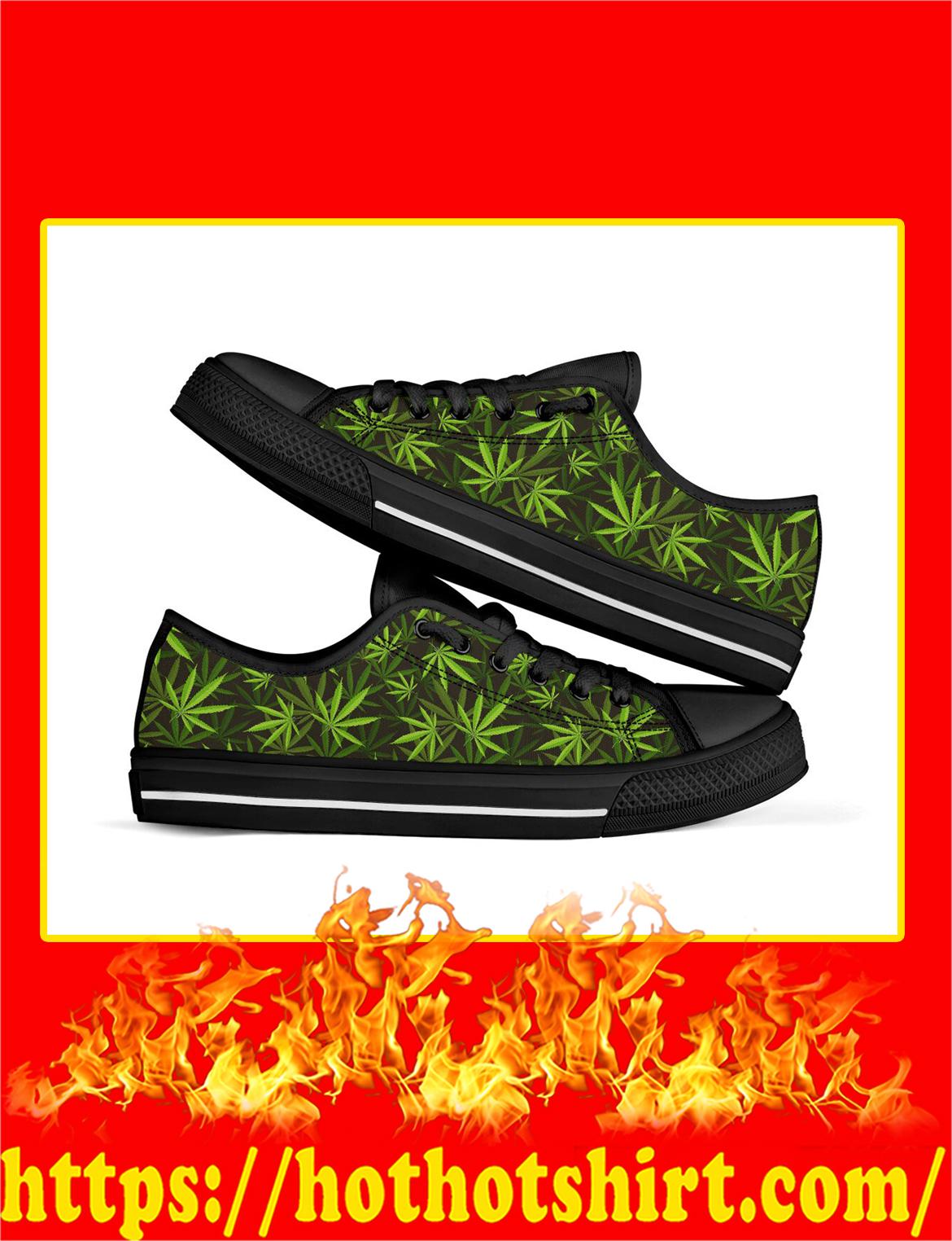 Vintage Cannabis Black Low Top Shoes- pic 1