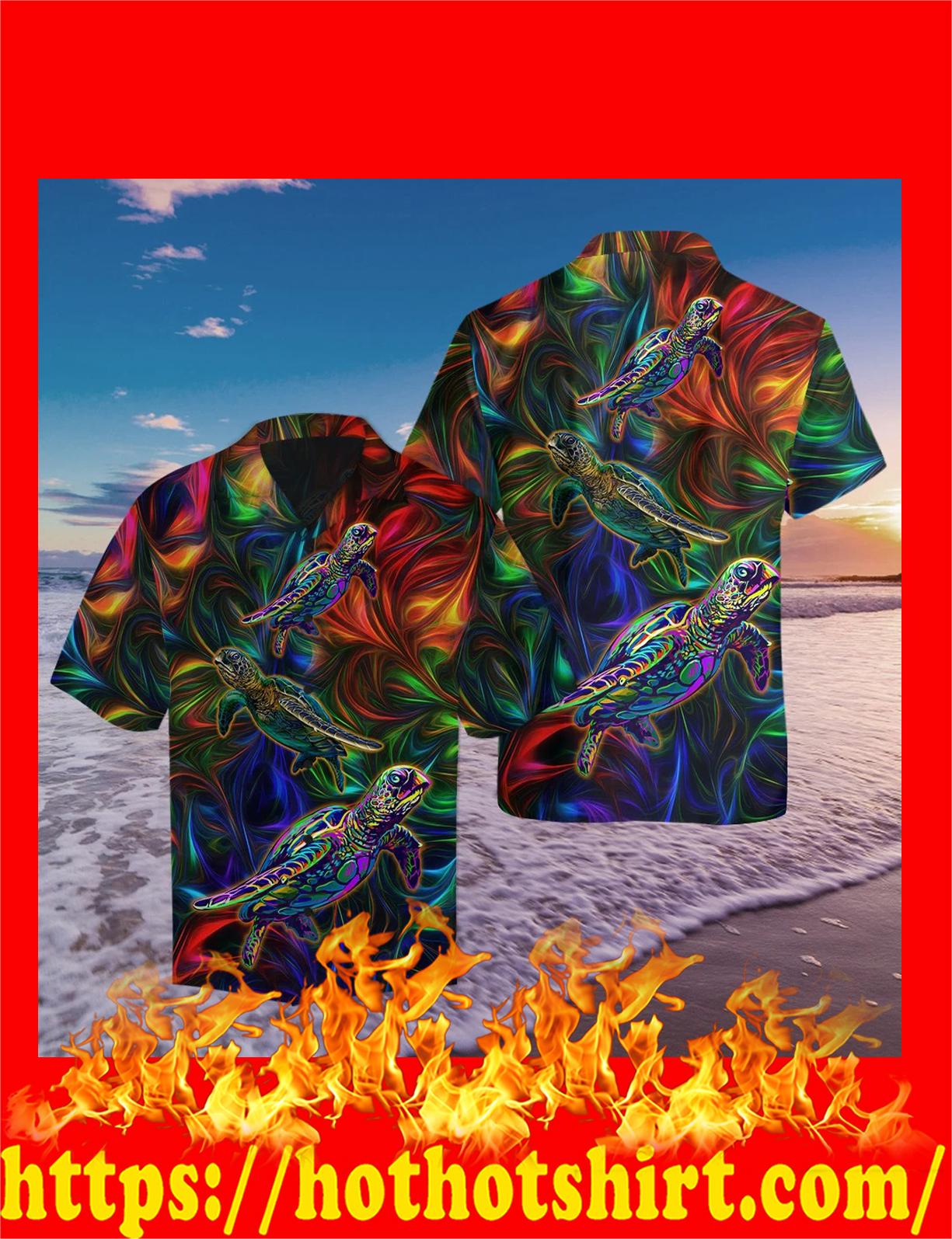 Amazing turtle hippie hawaiian shirt - detail