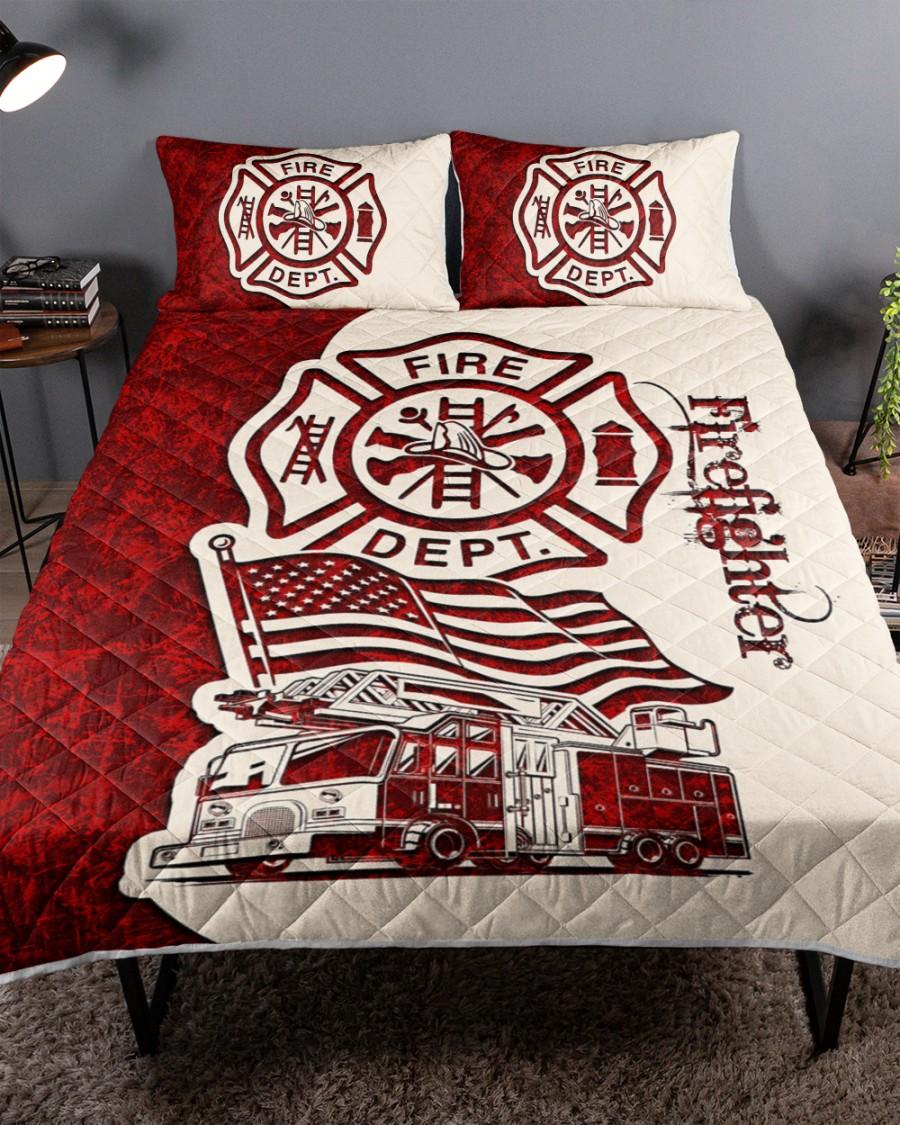 Love firefighter quilt bedding set