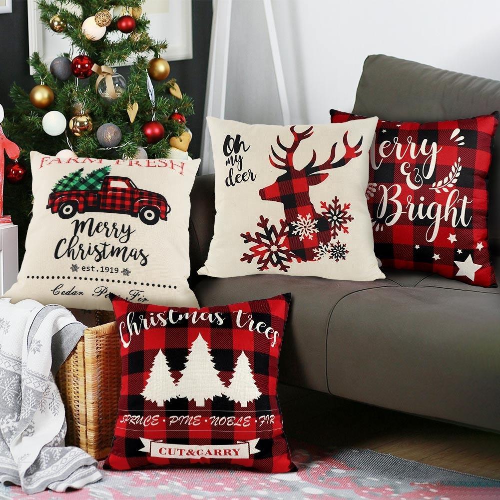 Christmas Themed Cushion 4 Piece Set Pillow